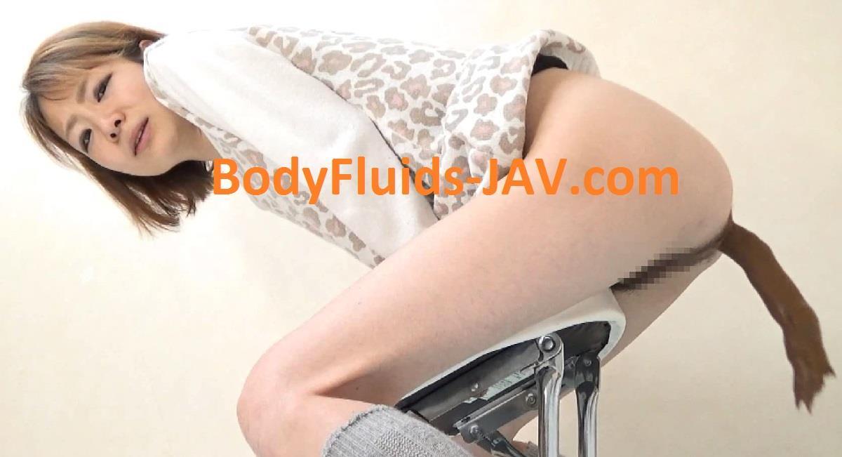 BFFF-28 Skinny girl big pooping. (HD 1080p)
