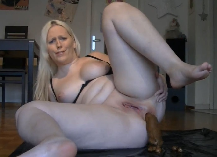 Nudism family girl nudist