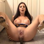 [Special #577-578] Tina Amazon shitting hard turd, sucks and licks feces. (HD 1080p)