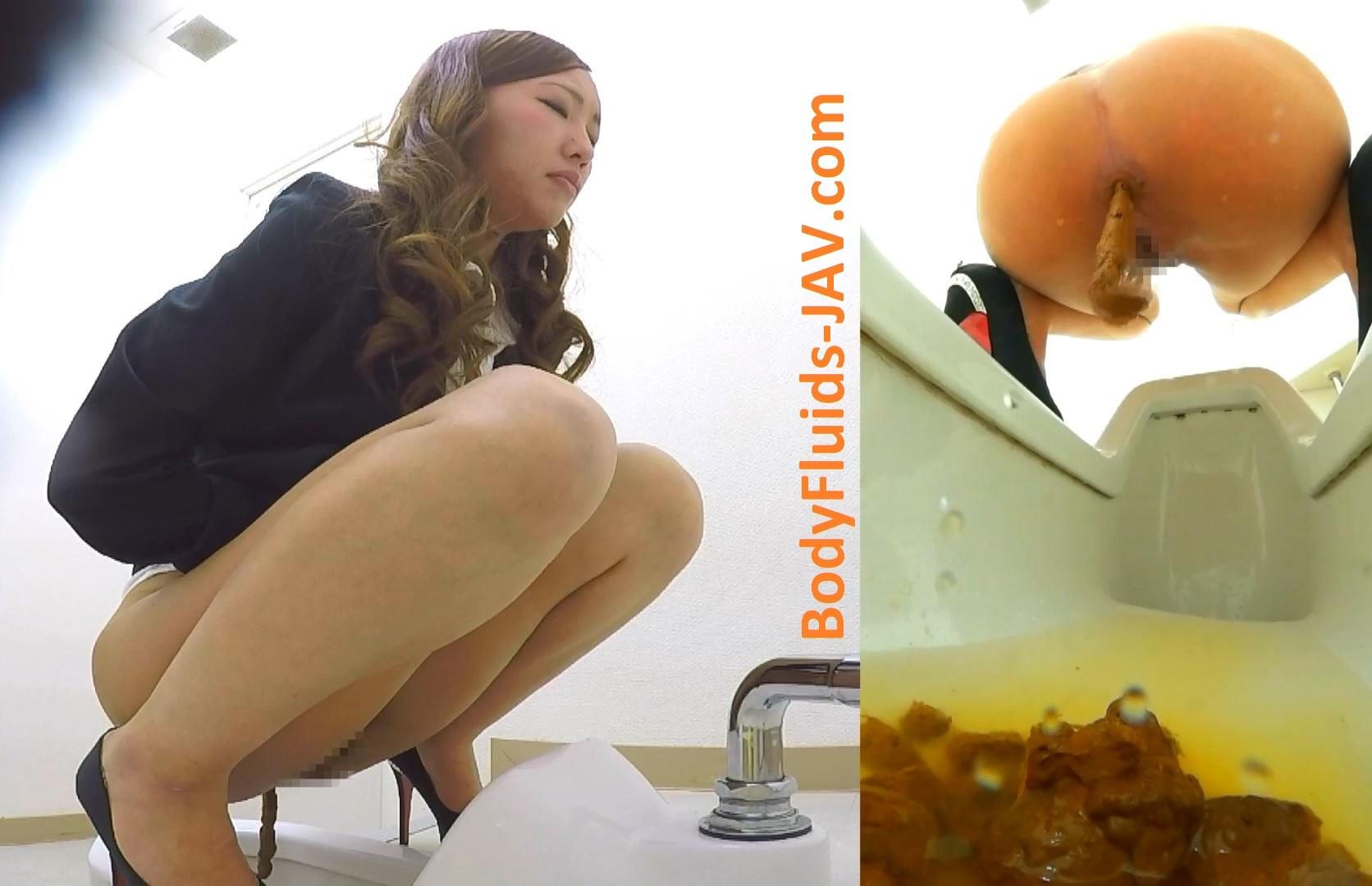 BFEE-49 Incredible girl pisses and defecates in a public toilet. (HD 1080p)