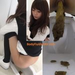 BFFF-147 Cute females shitting and pissing in public toilet. (HD 1080p)